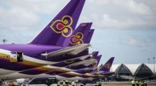 Geparkte Maschinen der Thai Airways International am Bangkoker Suvarnabhumi Airport. Foto: The Thaiger