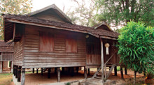 Das Mae Taeng Folk House stammt aus dem Jahr 1917 und ist eines der Bauwerke des Lanna Traditional House Museum. Foto: The Center for the Promotion of Arts & Culture
