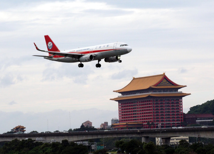 Sichuan Airlines hat Chiang Rai in ihr internationales Flugprogramm aufgenommen. Foto: epa/David Chang