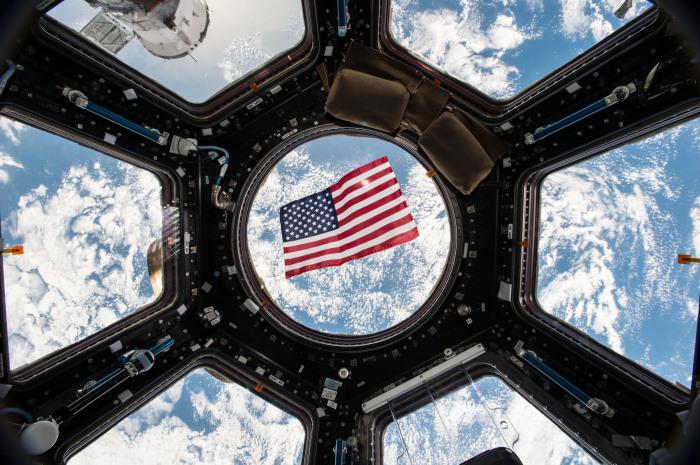 Whlen Im Weltraum - Us-Astronaut Hat Auf Raumstation Iss -5128