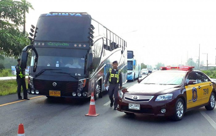 Polizeikontrolle auf dem Bo Thong Highway in der Provinz Kamphaeng Phet. Foto: The Nation
